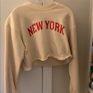 Cropped New York sweatshirt